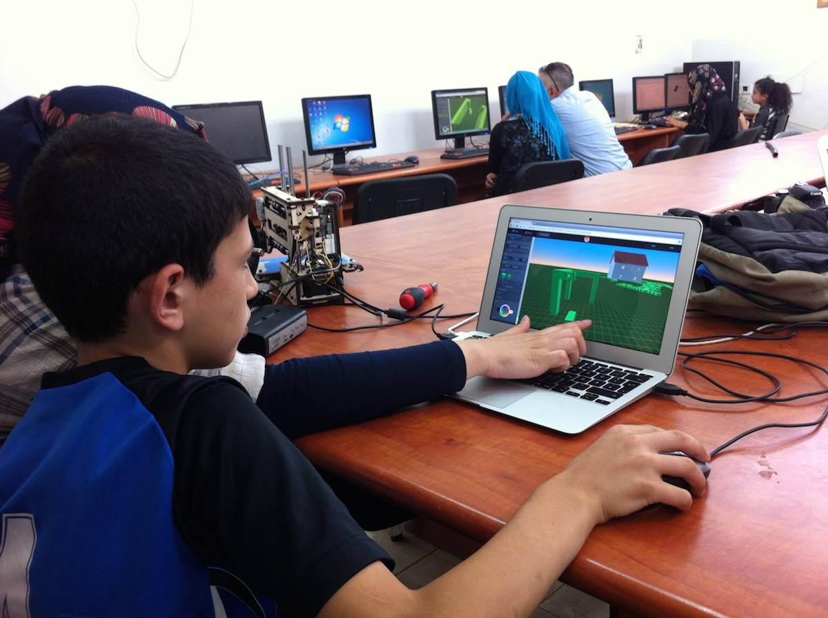 Kids engage in 3d modeling